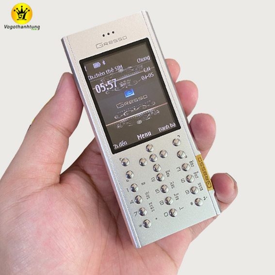 vo-gresso-do-cho-nokia-515-